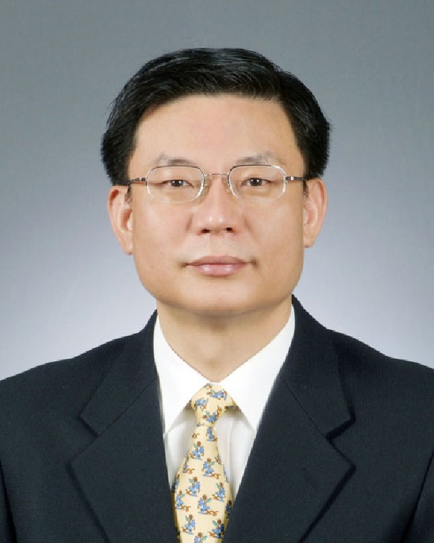 Prof. CK Lee MD
