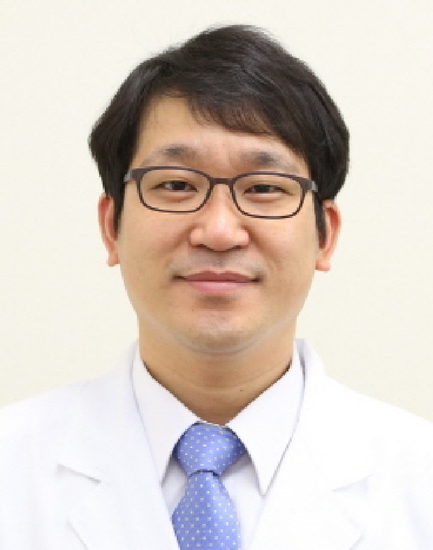 Prof. SH Lee MD