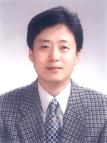 Prof. NH Lee MD