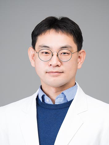 Prof. JM Lee MD