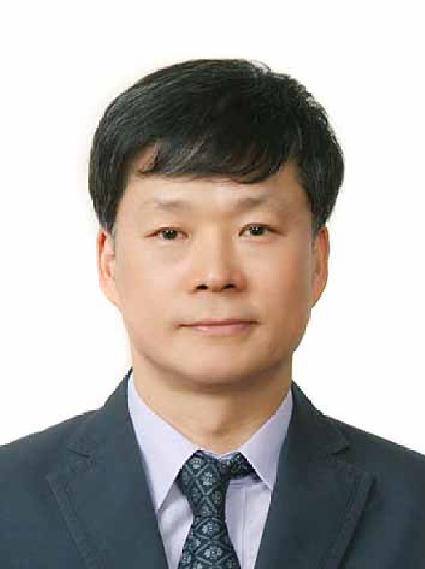 Prof. KH Lee MD